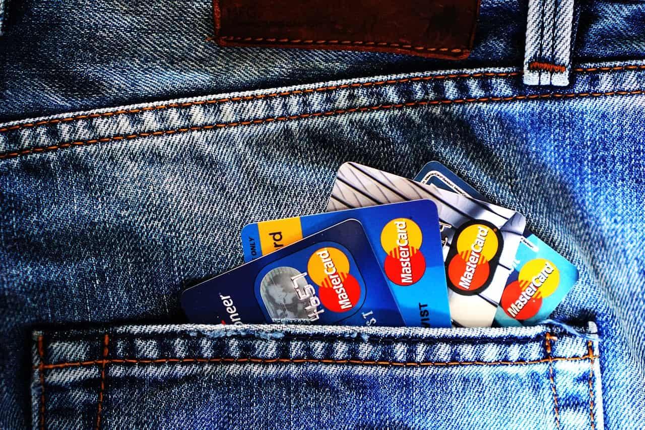 credit cards in back pocket of jeans
